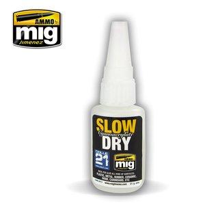 A.MIG-8013 SLOW DRY CYANOACRYLAAT